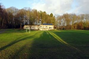 Vereinshaus vom weiten